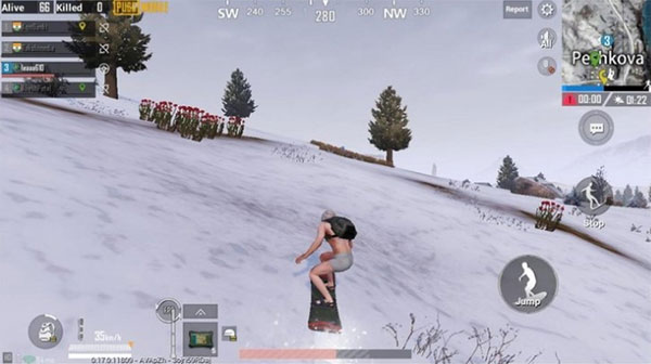 PUBG Mobile use Snowboard to ski