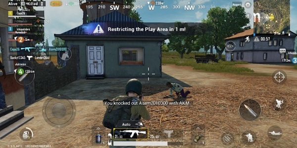 Rapidly move and escape the blue zone as the circle begins contracting in PUBG Mobile