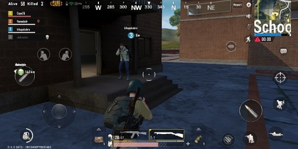 Talk and examine the match with your squadmates in PUBG Mobile